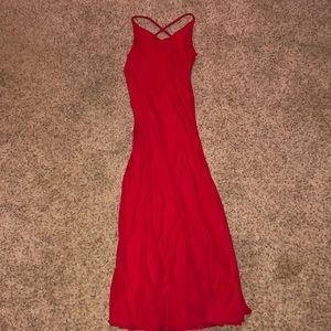Sleeveless long red formal dress